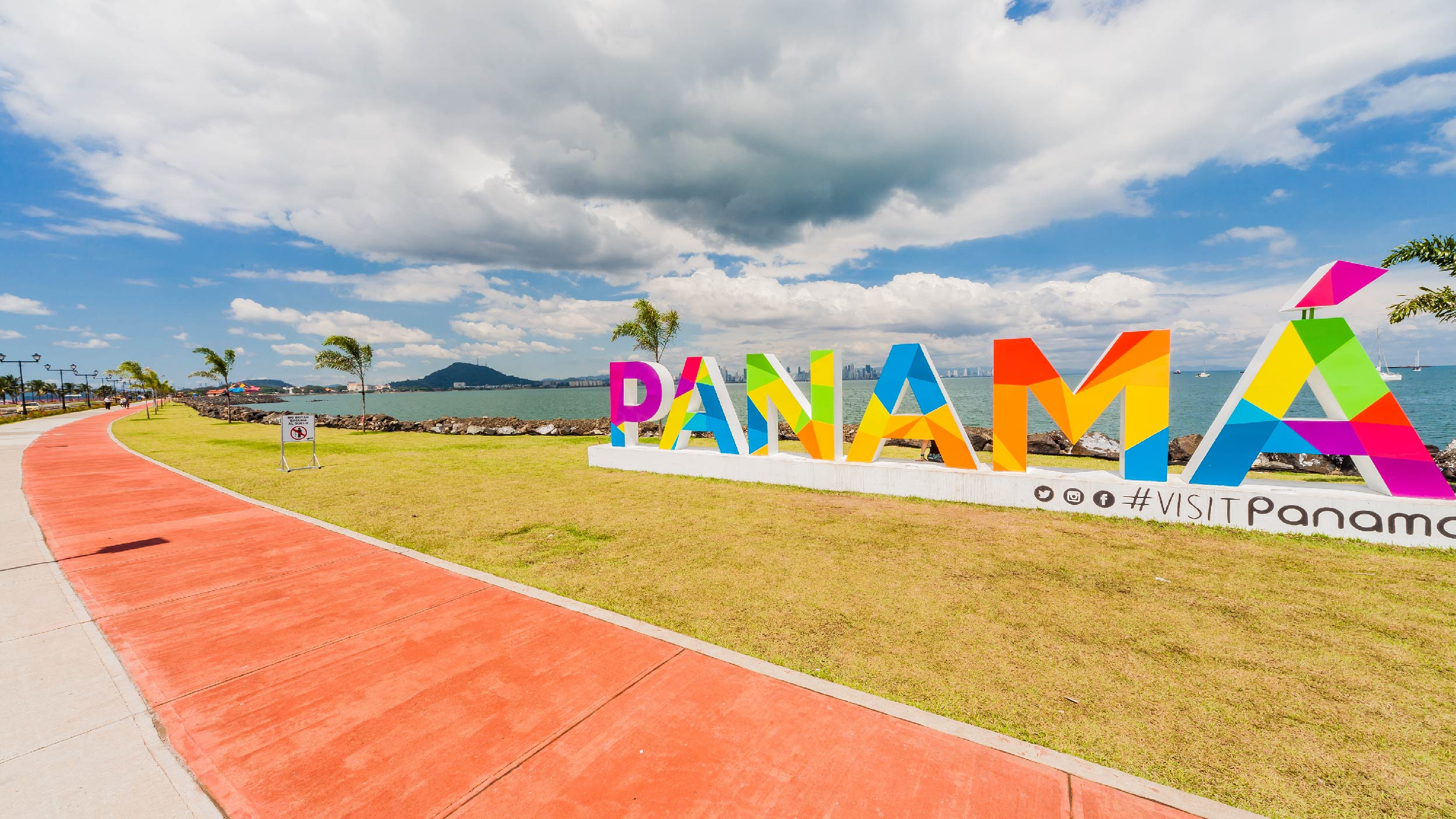best beaches in Panama
