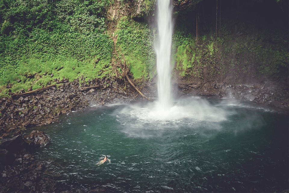 la- fortuna-waterfall