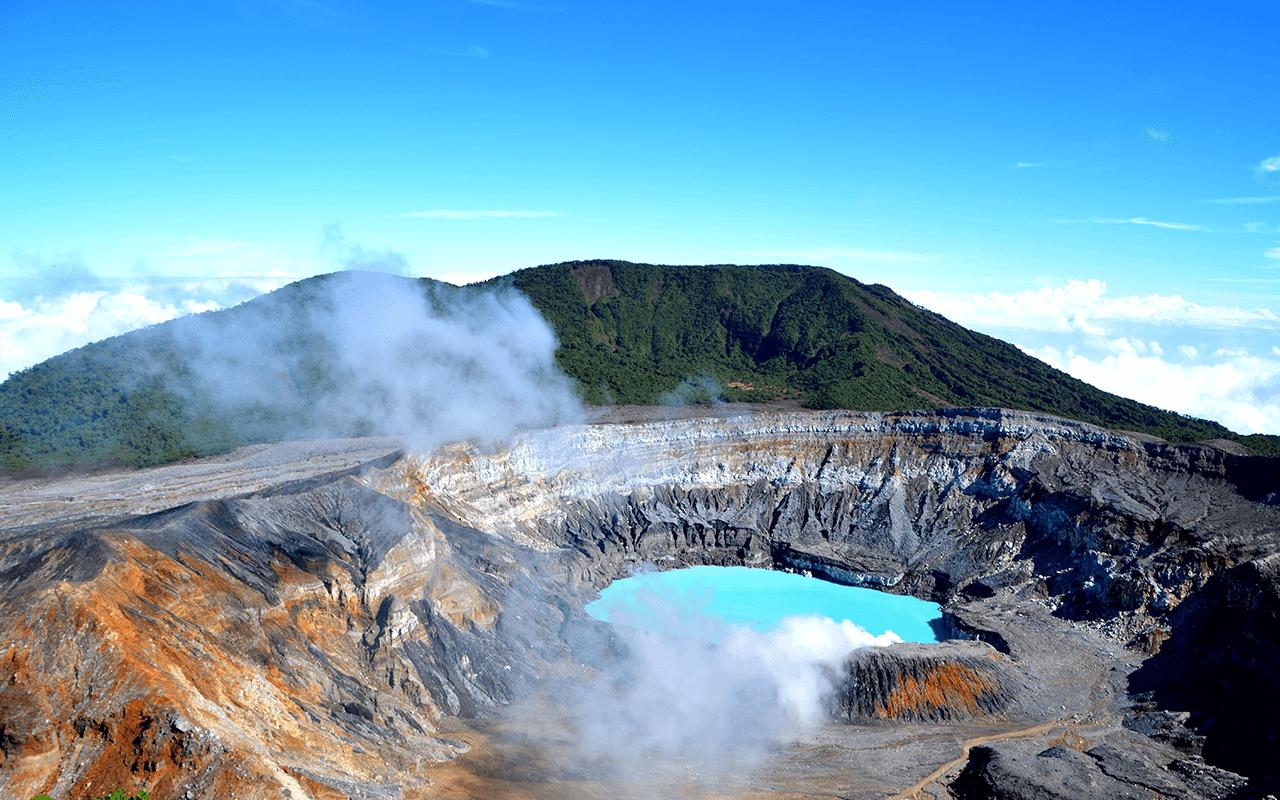 Tour al parque nacional volcan poas costa rica