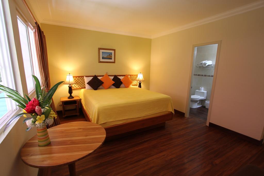 Gran Hotel Bahía 2