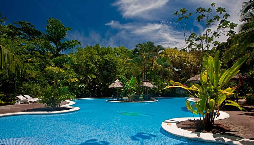 Laguna Lodge 3