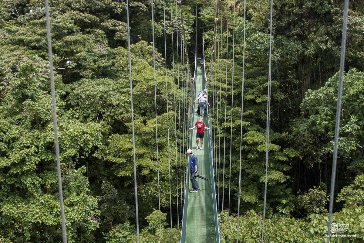 skywalk aventura arenal costa rica