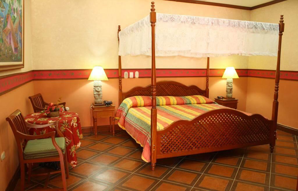 Colonial Granada 3