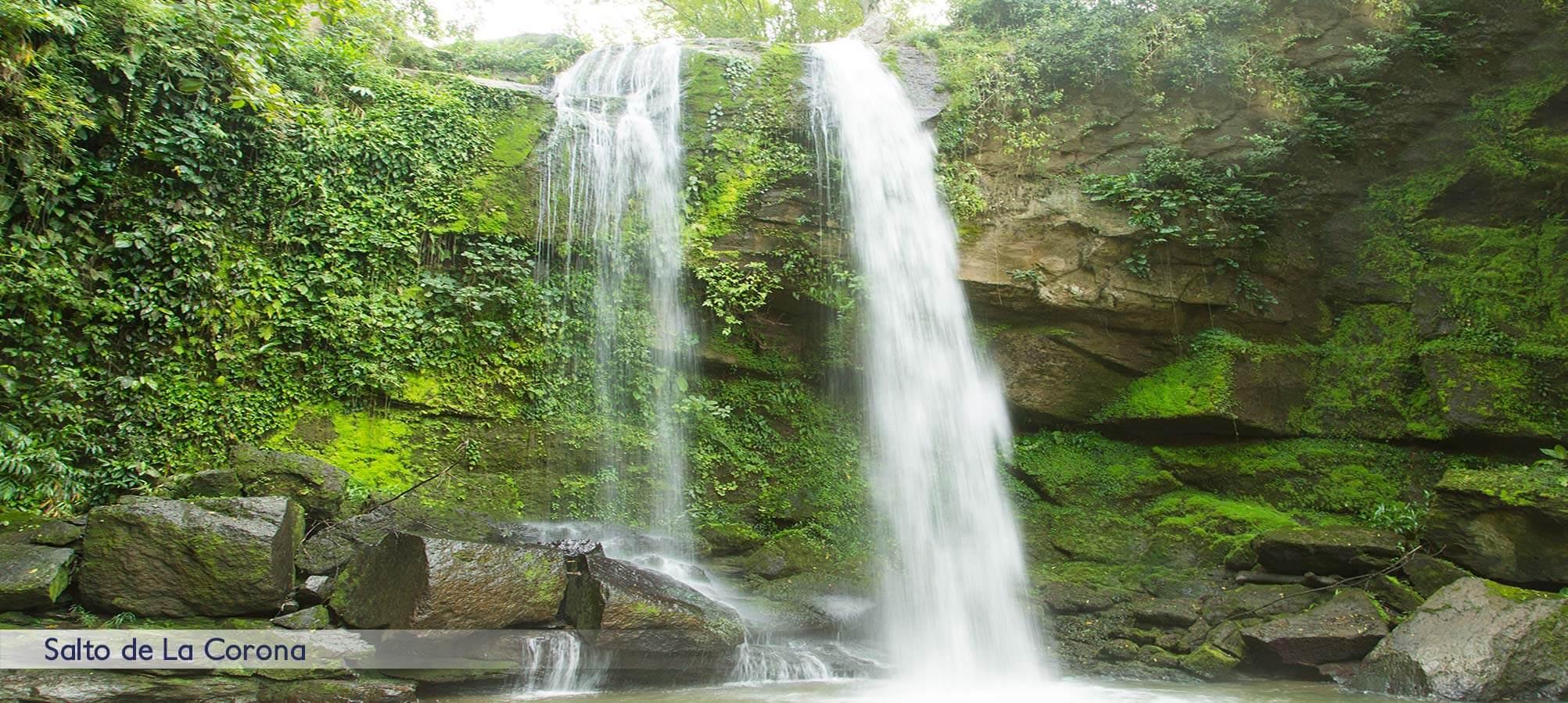 Comunida-la-corona-caminatas-mas-cascadas