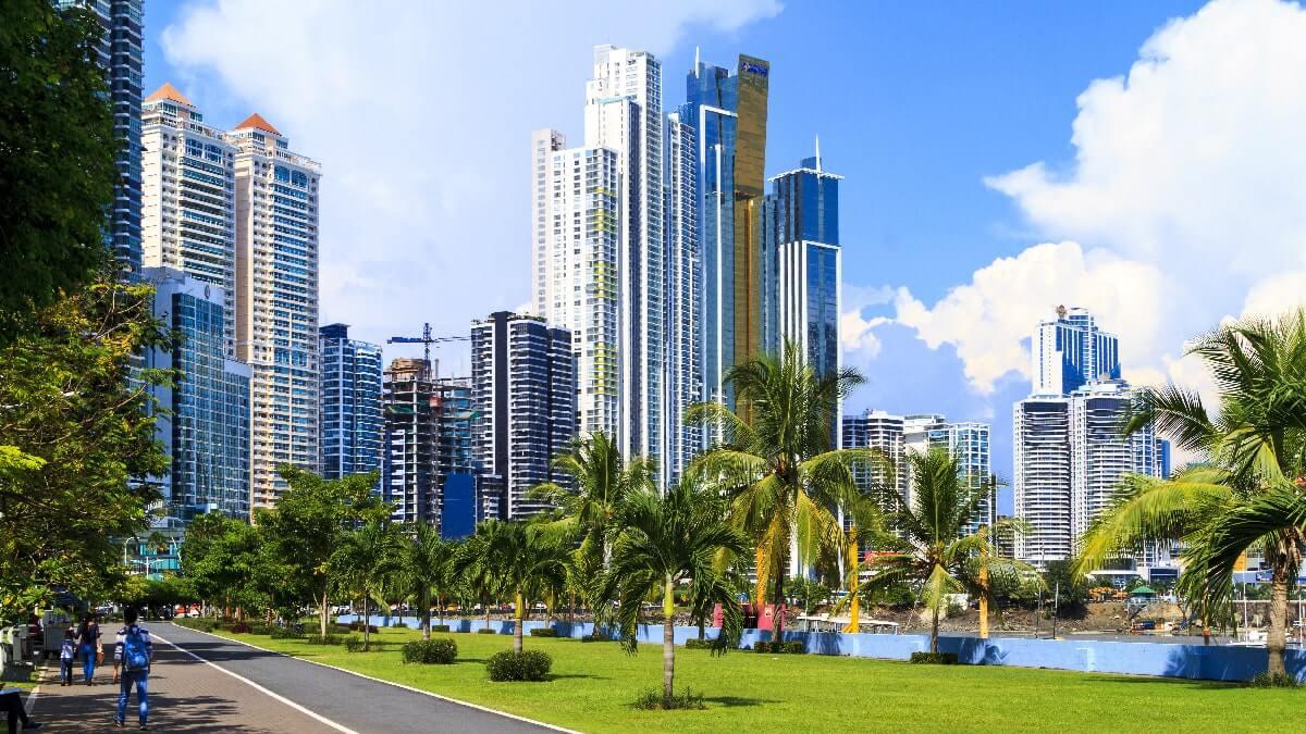 Panama min